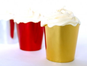 FREE STANDING BAKING CUPS